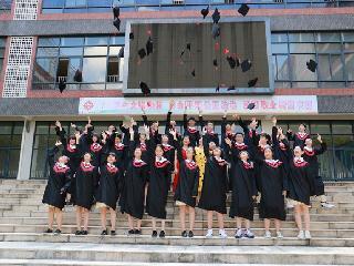 佛山禅城区协同中学毕业照来袭,摄影公司喜乐快门记录青春感!