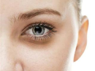 怎么去黑眼圈?几个小妙招方法教你摆脱熊猫眼